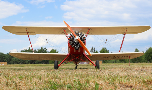 Hatz CB-1 w Sobieniach - zdecydowanie rzadki samolot na Polskim niebie