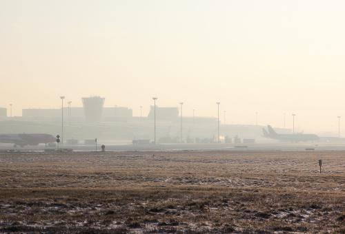 Mglisty poranek - terminal od drugiej strony :)