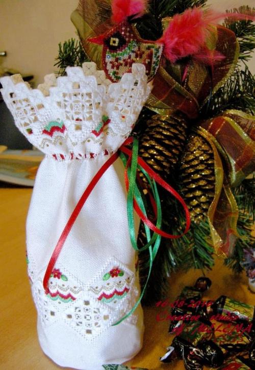 Мешочек для рождественского подарка. Дизайн разработан лично по мотивам работ В. Семплер