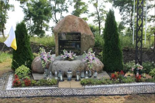 Cmentarz Wojenny w Próchenkach pow. Łosice