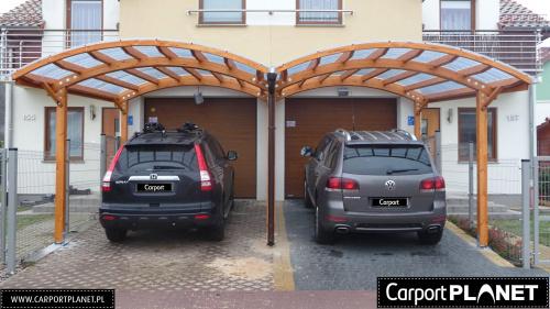 Wiata garażowa na dwa samochody z drewna projekt M6