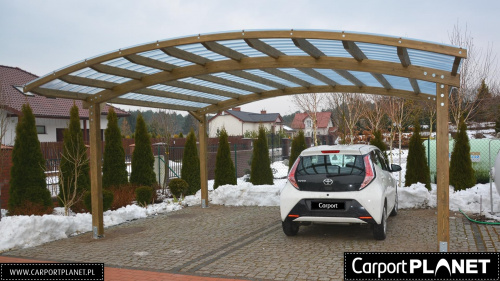 wiata dwustanowiskowa na samochody projekt w4 z poliwęglanu