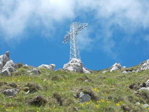 Krzyż na Giewoncie i piękna lipcowa pogoda